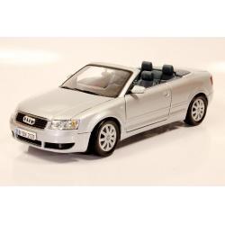 AUDI A4 Cabriolet - 1:18 Silver